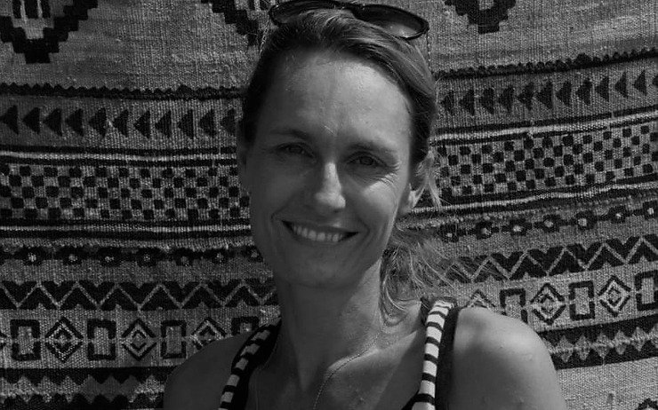 Gaëlle, créatrice des GaZëlles de Dakar fait un sourire