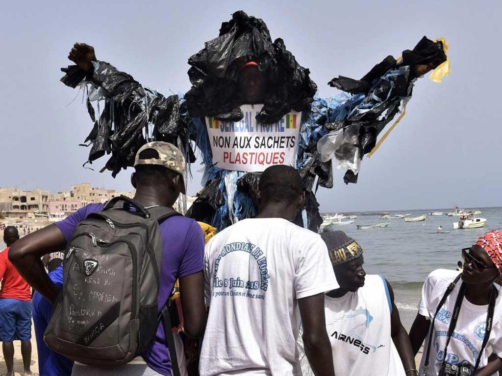 l'homme-plastique-du-Sénégal